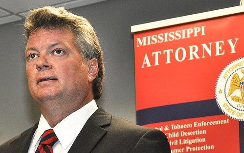 Il Procuratore Generale del Mississippi Jim Hood