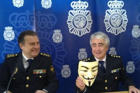 polizia-spagnola-guy-fawkes