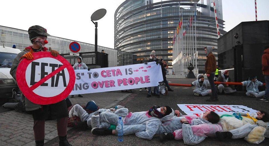 Il Parlamento europeo approva il trattato CETA