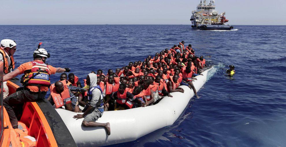 ONG, migranti, trafficanti, inchieste. Tutto quello che c'è da sapere