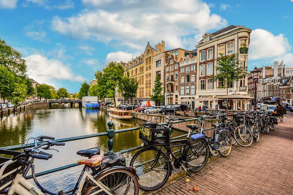 Salute ambiente economia la citt progettata intorno for Agenzia immobiliare amsterdam
