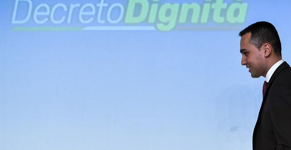 """""""Decreto dignità"""": lo scontro Di Maio Boeri sulle stime dell'INPS e gli 8mila contratti in meno in un anno"""