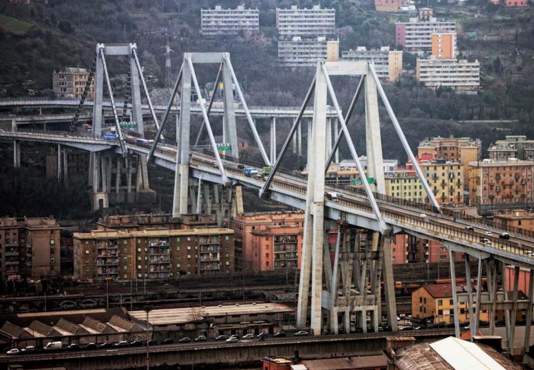 """Quello che si sapeva da tempo del """"Ponte Morandi"""" di Genova ..."""