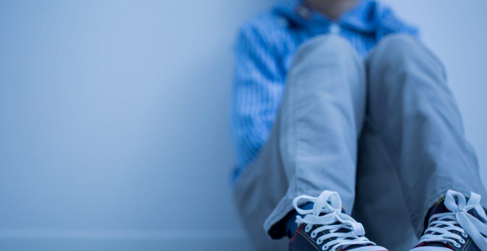 Abusi sui minori, affidi, ruolo degli psicologi. Come funziona in Italia e quali sono le criticità