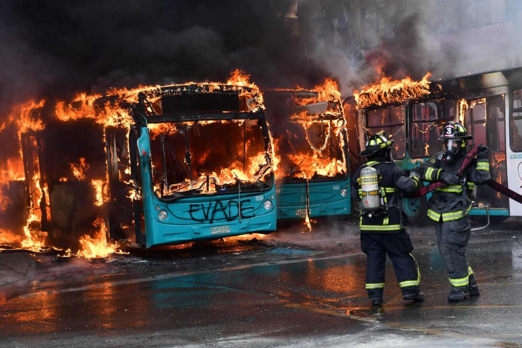 Cile, metropolitana, proteste, incendi
